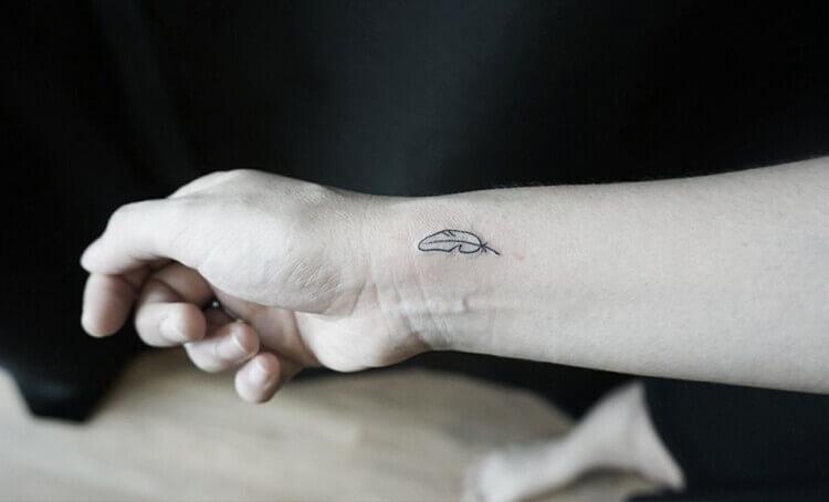 Feather Tattoo Tattoos