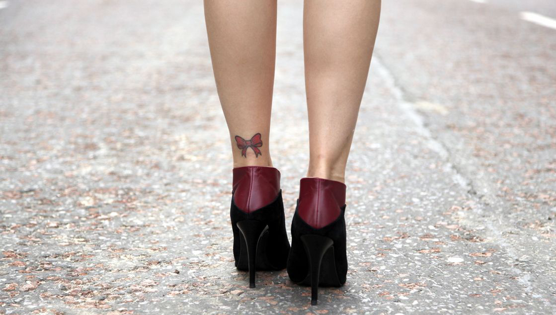 Ankle Tattoo Of Bow For Girls