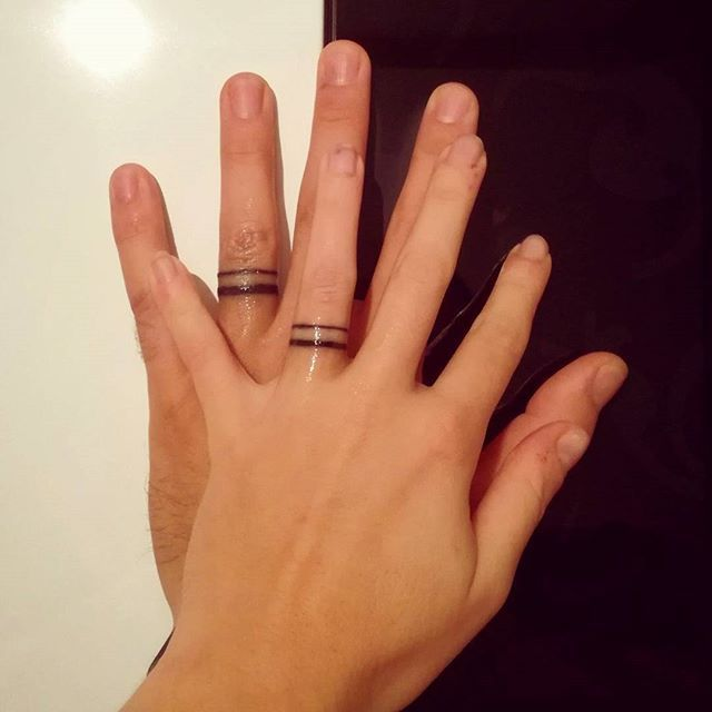 Best finger tattoo for couple