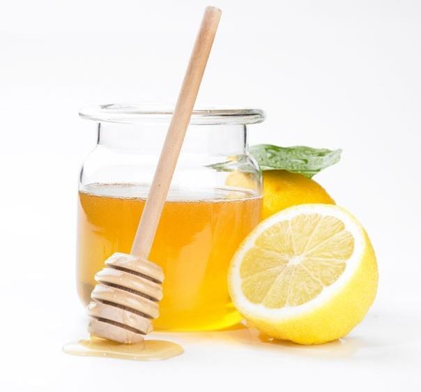 Lemon with honey and salt