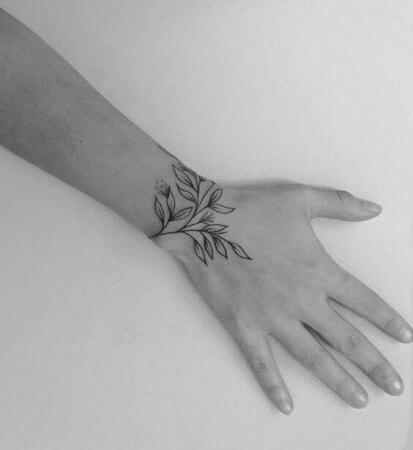 Bracelet Tattoo for women