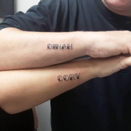 Couple-Name-Tattoo-on Forearm