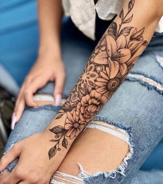 flower tattoo on hand for girl
