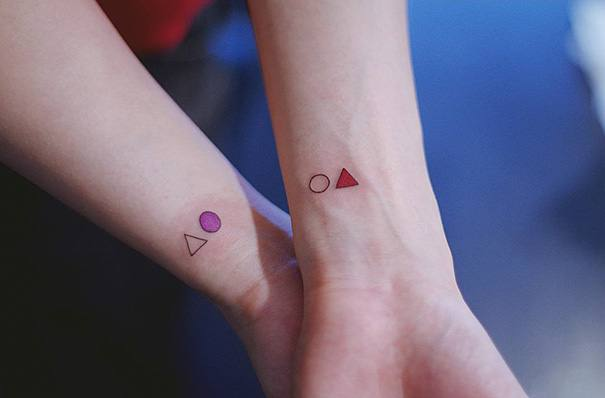 Circle & Triangle Mother Daughter Tattoo Ideas