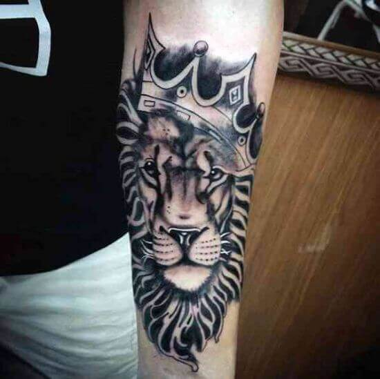 Men Lion with Crown tattoo ideas