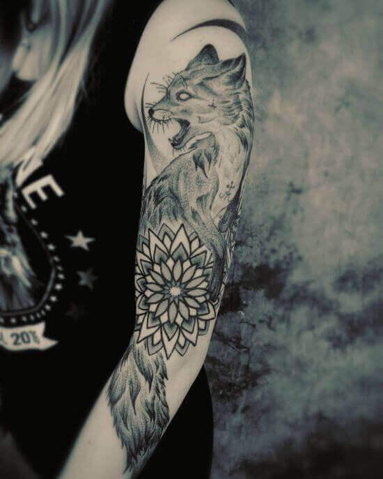 Best Japanese Fox Sleeve Tattoo Designs 9