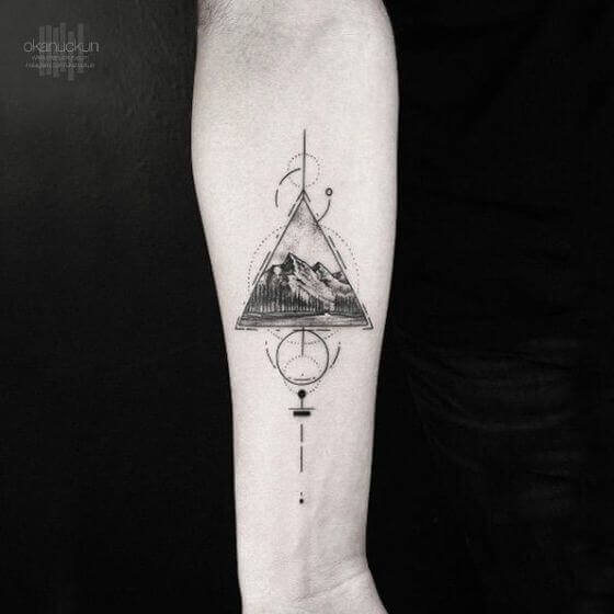 Geometrical Mountain Designs