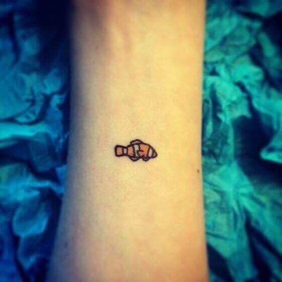 cute-small-Clown-Fish-Tattoo