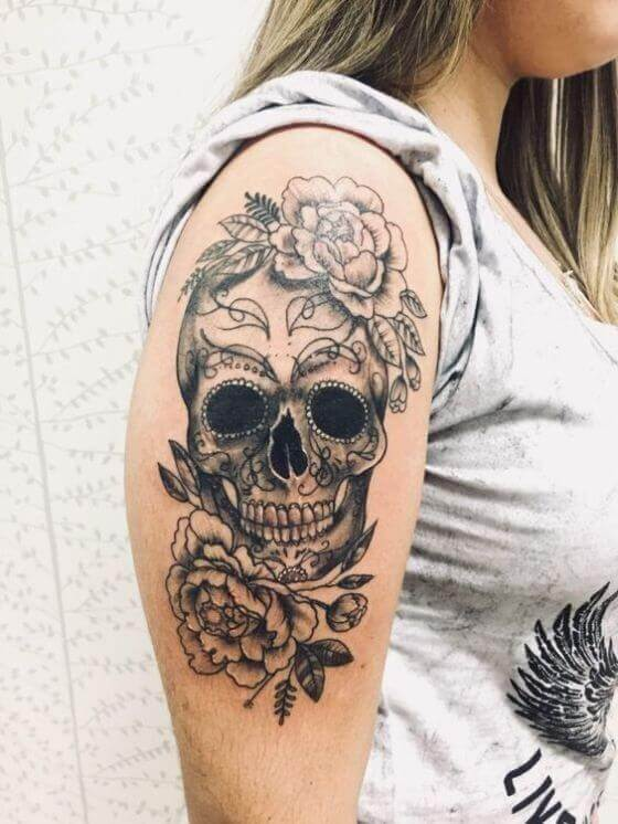 Women Shoulder Skull and Flowers Tattoo