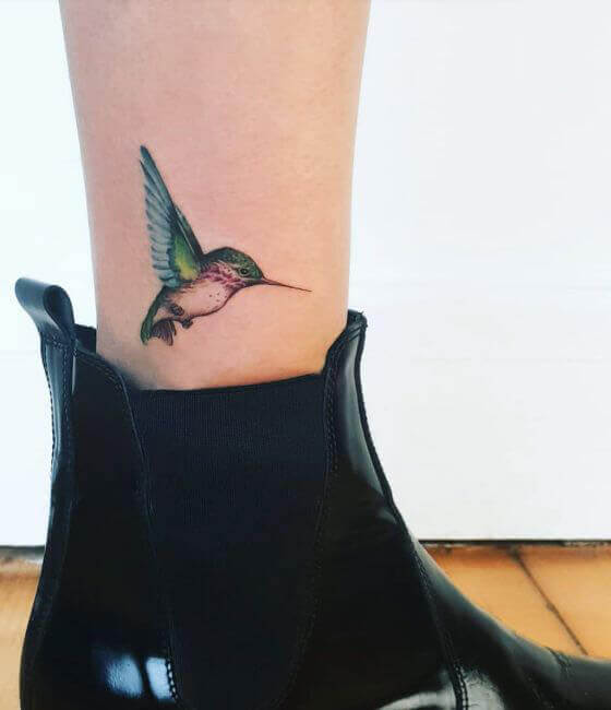 Small Hummingbird Tattoo Design On Leg