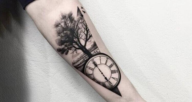 Attractive Clock Tattoo Ideas for Men