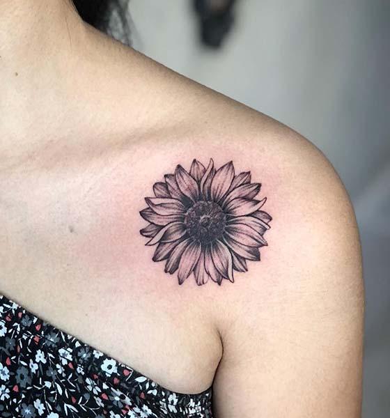Pretty Sunflower Shoulder Tattoo Designs for Women